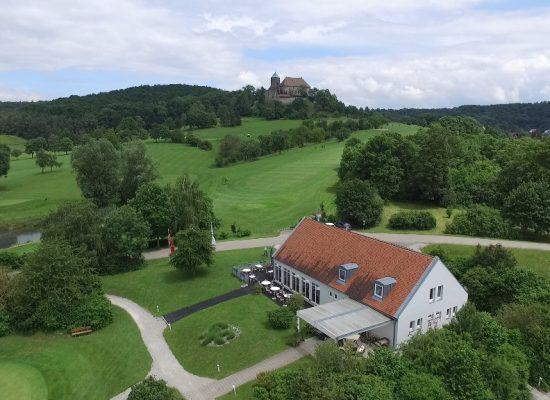 Burg und Vereinshaus_1024